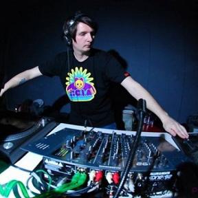 DJ Statik