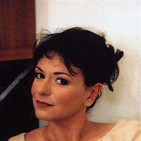 Aurélia Legay